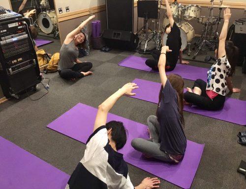 zuci yoga主宰ヨガ講師 Miho先生に『ヨガ・ベーシック』のレッスンを行って頂きました